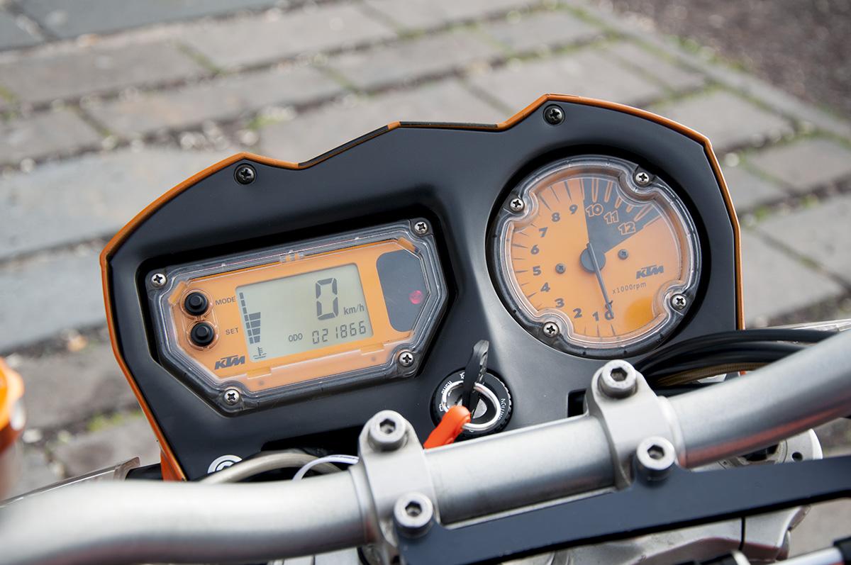 Fotos de nuestras KTM - Página 4 Imagen%2004